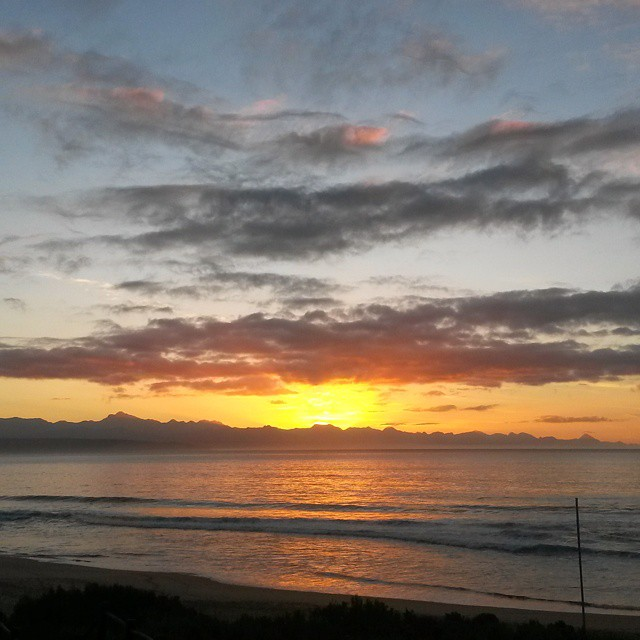 So good to be home. #Plett you never cease to be beautiful. #plettitsafeeling  #showmeplett #gardenroute #sunrise #ocean #clouds #cloudporn #sky #beach #nofilter #meetsouthafrica #loveSA #igersgardenroute